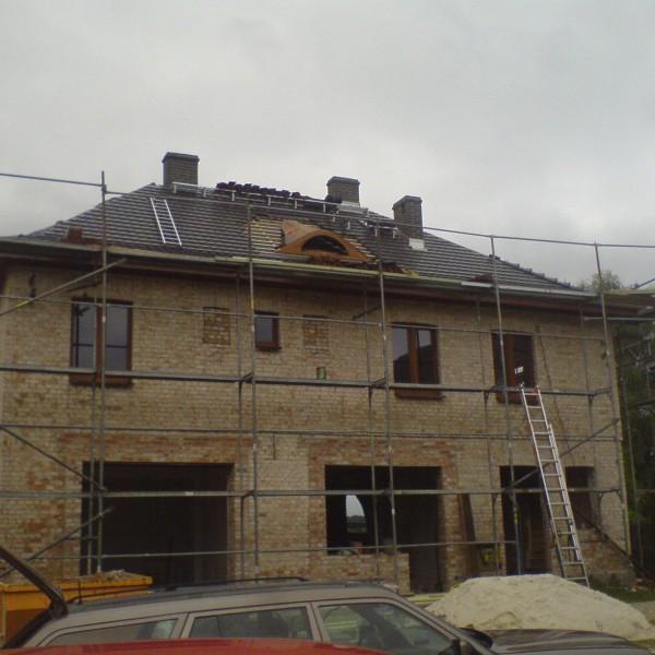 Remont-dachu-na-budynku-przy-ul-Wiejskiej-3