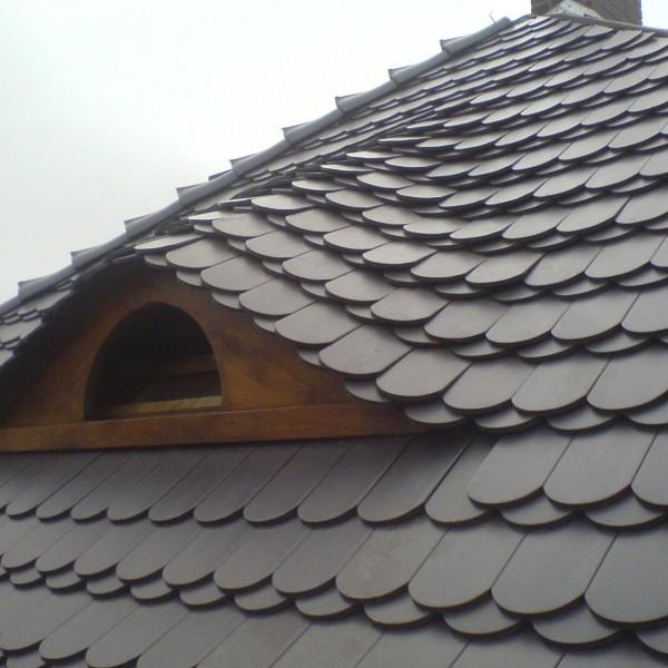 Remont-dachu-na-budynku-przy-ul-Wiejskiej-4