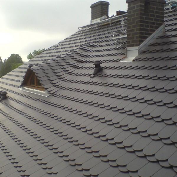 Remont-dachu-na-budynku-przy-ul-Wiejskiej-5