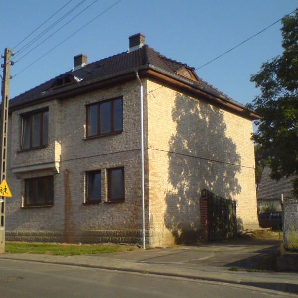Remont-dachu-na-budynku-przy-ul-Wiejskiej-6
