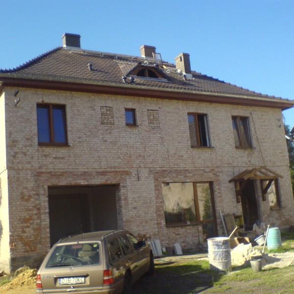 Remont-dachu-na-budynku-przy-ul-Wiejskiej-7