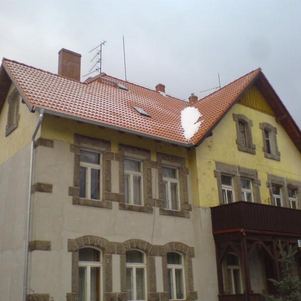 Remont-dachu-na-budynku-przy-ul-Turystycznej-2