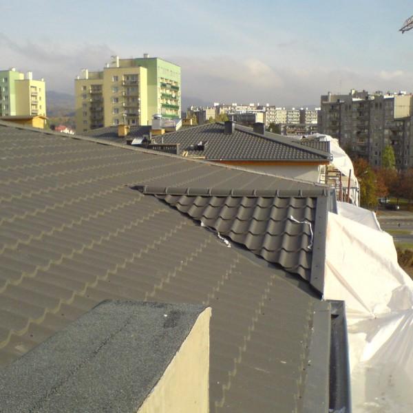 Wykonanie-pokrycia-dachu-wraz-z-wib-dachow-5