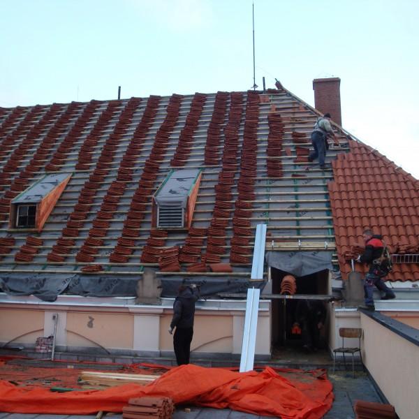 Remont-dachu-budynku-Muzeum-Karkoskiego-4