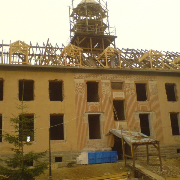 Remont-dachu-budynku-na-Osiedlu-Sudeckim-1