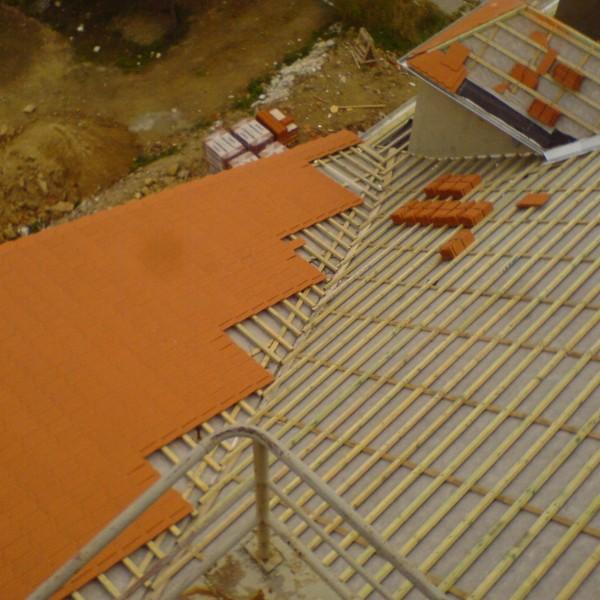 Remont-dachu-budynku-na-Osiedlu-Sudeckim-3