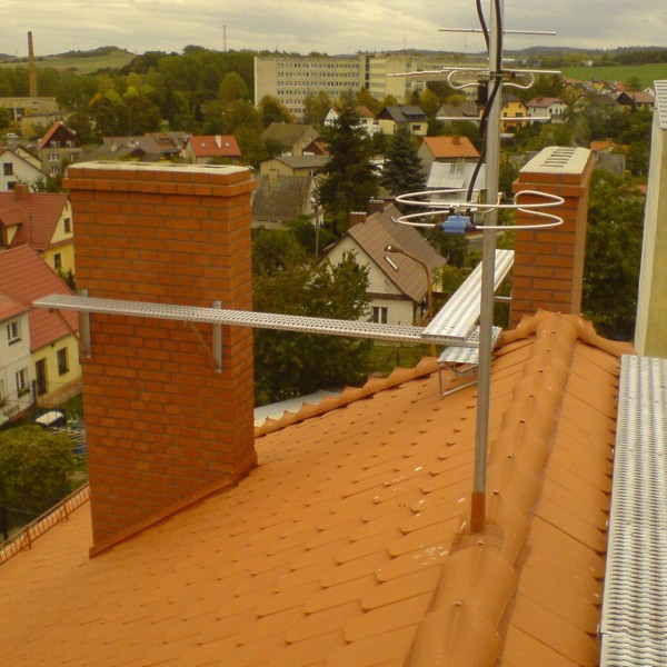 Remont-dachu-budynku-na-Osiedlu-Sudeckim-5