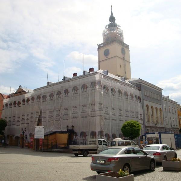 Remont-dachu-budynku-ratusza-w-Dzieroniowie-2