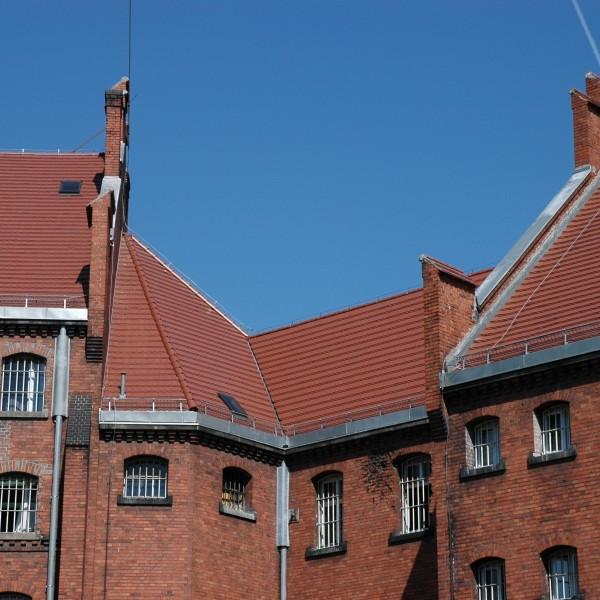 Remont-dachu-budynku-Wizienia-przy-ul-Kleczkowskiej-2