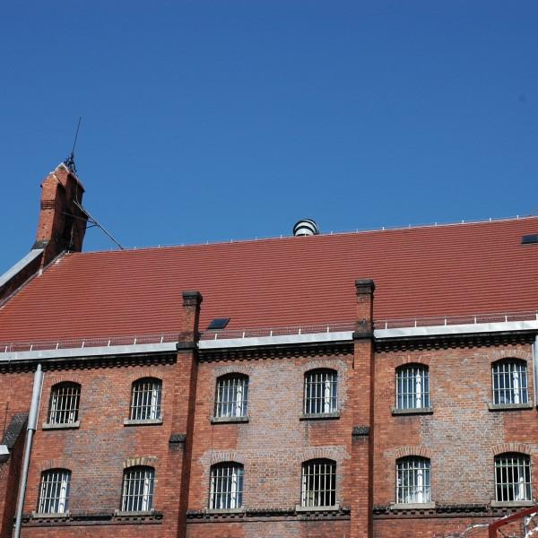Remont-dachu-budynku-Wizienia-przy-ul-Kleczkowskiej-4